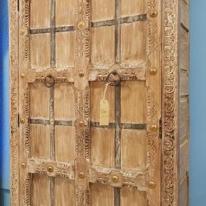 Stipo Indiano in legno Sheesham con con decori in ottone Teypat – Non Disponibile